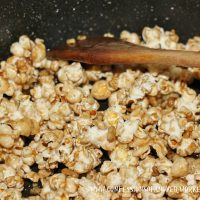 Maple Harvest Popcorn {Confessions of an Over-Worked Mom}