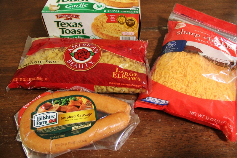 ingredients to make a grilled macaroni and cheese sandwich