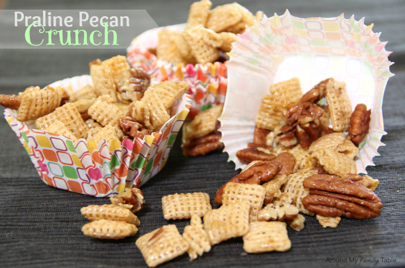 Praline Pecan Crunch Snack Mix in a Slow Cooker!