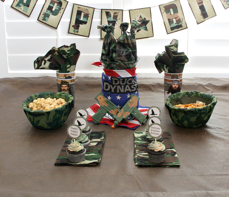 Duck Dynasty Birthday Party Around My Family Table