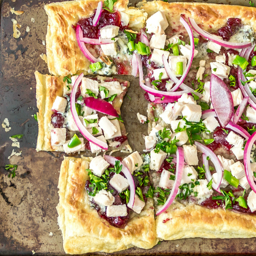 Turkey, Cranberry, and Blue Cheese Pizza #PuffPastry #15MinuteSuppers