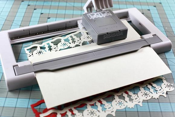 Perfect for the crafter on your gift list. I'm lovin' this border punch from Fiskars.