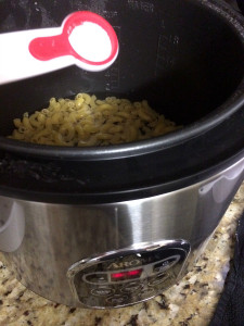 One Pot Homestyle Mac & Cheese in a Rice Cooker! Have to try this!