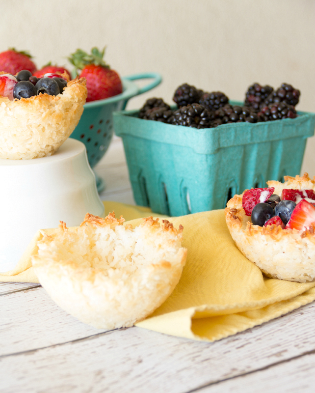 Macaroon Cups with Berries {gluten free, dairy free, & vegan}