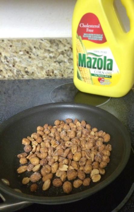 mazola _spicy peanuts