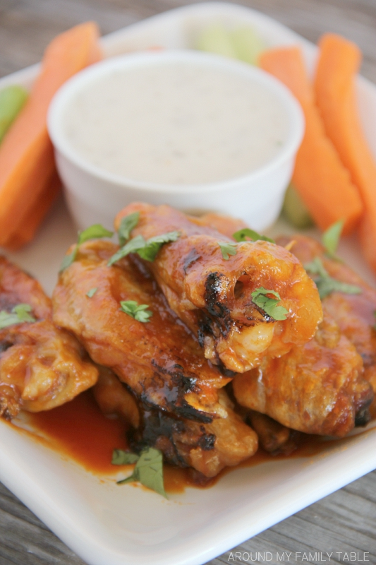 The most amazing crispy baked Honey Sriracha Chicken Wings recipe