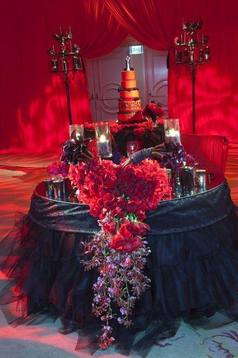 vampire wedding cake