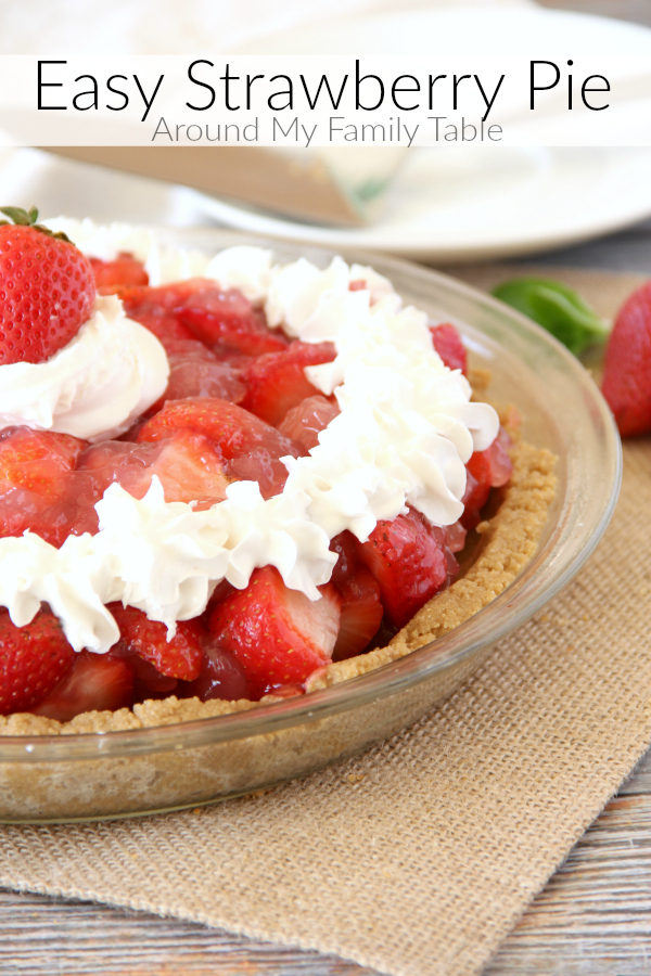 Summer picnics aren't complete without this no-bake EASY STRAWBERRY PIE recipe.