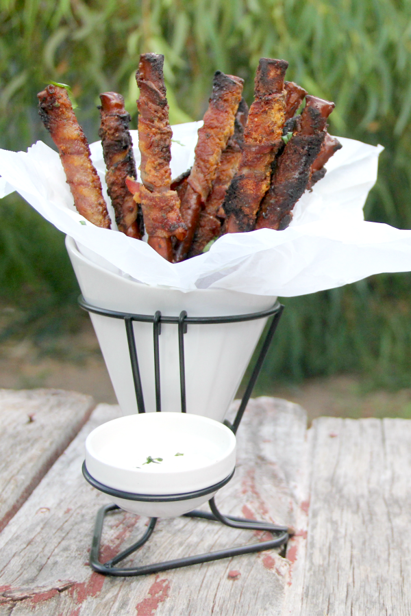 What a fun appetizer! These Bacon-Wrapped Ranch Pretzels are quick and easy to put together for a party.