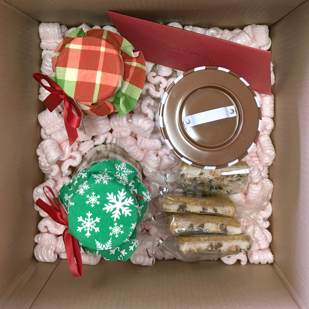 Baked Christmas Gifts: How To Ship Baked Goods