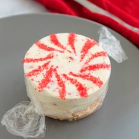 Mini No-Bake Peppermint Cheesecakes