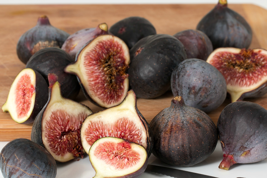What's In Season--Figs