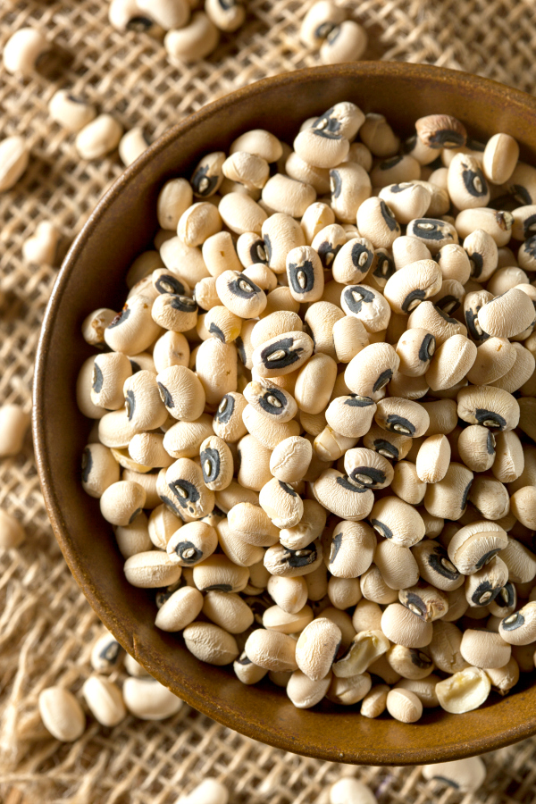 Everything you've wanted to know about black eyed peas.  This How to Cook Black Eyed Peas guide features instructions on using a pressure cooker, instant pot, slow cooker, and stovetop for cooking black eyed peas, plus there are a few delicious recipes to try as well.