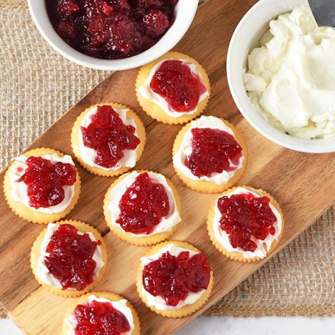 Make these simple and delicious Ritz cracker cranberry cream cheese appetizers, perfect for holiday parties and family get togethers.